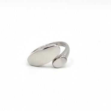 δαχτυλίδι από χειρουργικό ατσάλι με λευκά στρας 17
