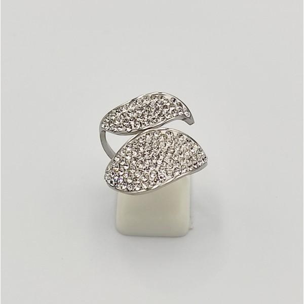 Δαχτυλίδι από χειρουργικό ατσάλι με λευκά στρας