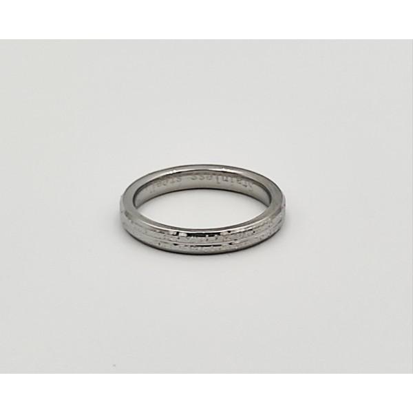 Δαχτυλίδι από χειρουργικό ατσάλι